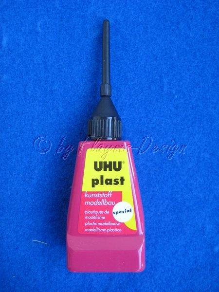 UHU PLAST SPECIAL 30gr. Flasche mit Dosiernadel